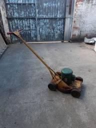 Carrinho de cortar grama