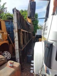 Carroceria plataforma para caminhão chapa de ferro