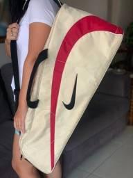 Raqueteira de tênis Nike