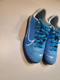 Chuteira Nike Número 34
