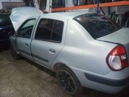 Clio 16v sedan