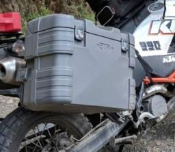 Vendo 1 baú lateral ktm 990 com suporte
