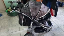 Carrinho baby happy 3 rodas com bebê conforto