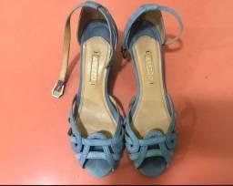sandália azul arezzo