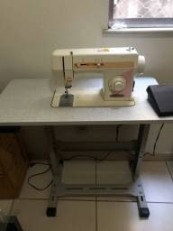 Maquina de costurar Singer modelo precisa- raridade