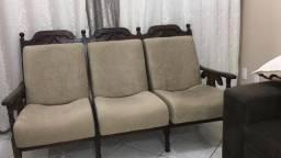 Sofá de madeira retrô