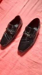 Sapato social masculino, número 34