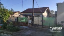 Casa com 3 dormitórios à venda, 230 m² por R$ 170.000,00 - Conjunto Habitacional Requião -