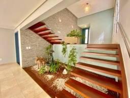 Linda casa com design moderno em Interlagos, Vila Velha