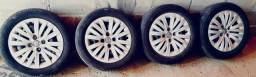 Vendo rodas, pneus, parafusos e calotas - medidas: 195/55/15