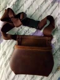 Bolsa Pochete em couro legitimo para carpinteiro pedreiro construtor