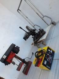 Vendo ferramentas e carregador