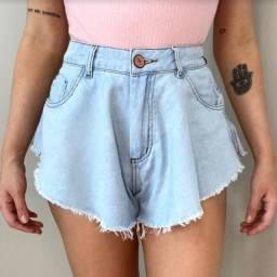 Short jeans Godê marca Surreal, Tam. 38