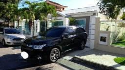 Título do anúncio: Mitsubishi Outlander 2015 gasolina com GNV telefone 98 273-7450