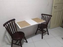Alugo quartos individuais mobiliados