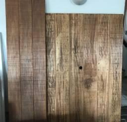 Cabeceira para cama queen e painel para tV em madeira de demolição
