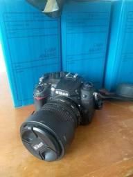Câmera digital Nikon D7000 Semi nova Completa