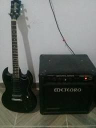 Cubo mas guitarra