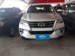 Toyota Hilux 2.8 Srx 4X4 7 Lugares 16V Turbo Intercooler Diesel 4P Automático - 2017