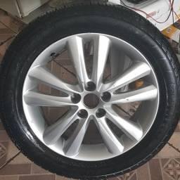 Roda aro 18 com pneu kumho IX35