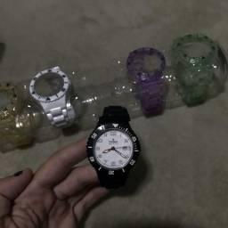 11e290a7f84 Relógio champion 5 pulseiras