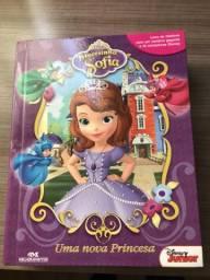 Livro Princesinha Sofia Com Cenário E 12 Miniaturas