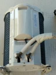 Ar condicionado Springer, 9000 BTU's, quente e frio, ótimo estado