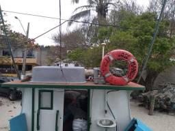 Bote de camarão todo equipado