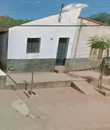 Casa à venda - perto do centro - Picos - PI