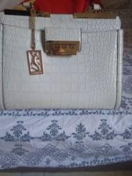 Vedese um bolsa bem coservada
