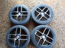 Jogo rodas com pneu