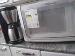 Microondas+cafeteira!!! seminovos perfeito estado
