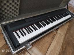 Vende-se Piano Digital Yamaha P-115