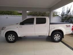 Toyota Hilux SR 4x4 Aut