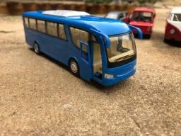 Vendo Miniatura Ônibus