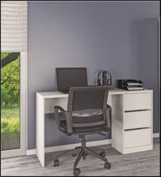 Título do anúncio: Mesa de computador 3 gavetas Ótima para estudos