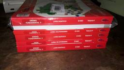Livros Colégio Tiradentes 9°ano