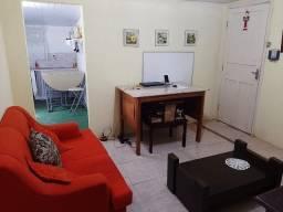 Alugo para solteiro(a)ou estudante, Sala, quarto e cozinha 10min da FMP