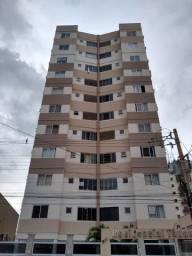 Apartamento de 03 quartos no Centro com Parque Aquático.