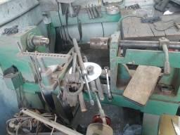 Fábrica de repuxo de panelas