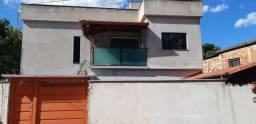 Vendo excelente casa no bairro Tancredo Neves