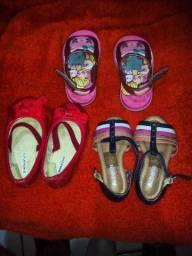 Vendo sandálias seminovas