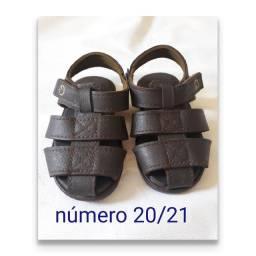 Sandália numeração do 20 ao 22