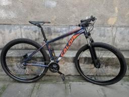 Bicicleta Caloi Explorer (MTB)
