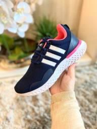 Sapatos de todas as marcas, de boa qualidade