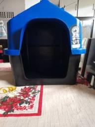 Casa Pet com Proteção UV No Telhado