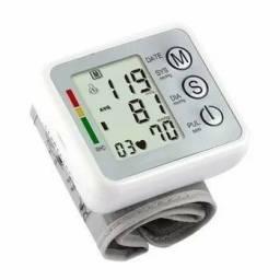 Medidor de Pressão de pulso /Aferidor de tensão arterial digital de pulso