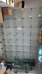 Estante de vidro