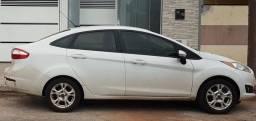 Fiesta sedan 2015 1.6 Manual - única dona