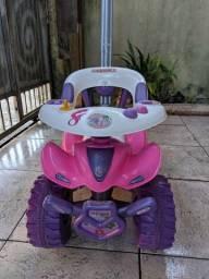 Quadriciclo e Patinete Infantil